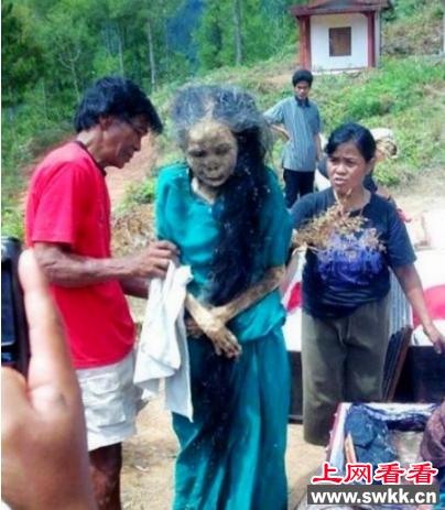 印尼黑魔法 竟然能控制死尸