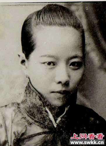 满族人的后裔:小凤仙简介