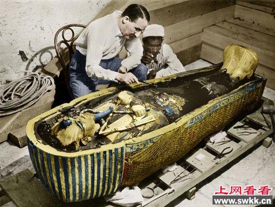 科学家开馆埃及法老图坦卡蒙